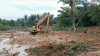 Evakuasi Jasad Balita Tertimbun Longsor Kalimantan Selatan