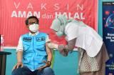 Lolos Screening, Gubernur Sulsel Nurdin Abdullah Akhirnya Disuntik Vaksin