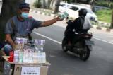 Jelang Lebaran, Jasa Penukaran Uang Baru Marak di Jalanan