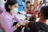 Vaksinasi Serentak Tingkat RT/RW di Makassar