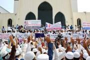 Demonstran Bangladesh: Macron Teroris Terbesar di Dunia