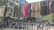Demonstran Myanmar Gantung Baju Wanita di Tali Jemuran untuk Perlindungan