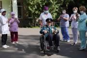 Sembuh dari COVID-19, Veteran Berusia 102 Tahun: Saya Terlahir Kembali