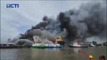 Kapal Tanker Terbakar di Belawan, Satu Pekerja Meninggal Dunia, 22 Terluka