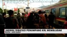 Jadwal Operasional KRL Dibatasi, Penumpang di Stasiun Membludak
