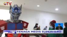 Hibur Pasien, Tim Medis Berkeliling Rumah Sakit Gunakan Kostum Superhero