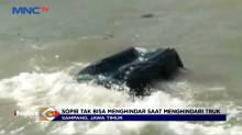 Menghindari Tabrakan Sebuah Mobil Tercebur ke Laut