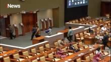 Paripurna DPR Sahkan UU Cipta Kerja, Fraksi Demokrat Walk Out