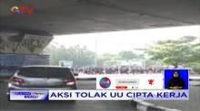 Tolak Omnibus Law, Jutaan Buruh Turun ke Jalan Gelar Aksi Mogok Kerja Nasional