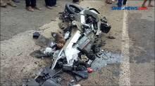 Laka Beruntun Truk vs Mobil Dan Motor, Satu Tewas