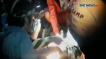 Tim SAR Temukan Nenek Hilang Terbaring Lemas di Maros
