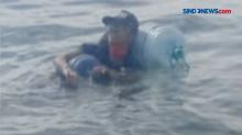Pemuda di Balikpapan Berenang dengan Galon Pulang ke Malang