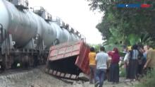 Kereta Tabrak Truk Pasir, di Serdang Bedagai, Sumut