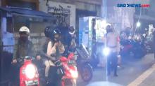 Polisi Bubarkan Kerumunan di Malam Imlek