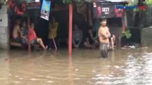 Hujan Deras, Permukiman Warga di Pondok Kopi Terendam Banjir