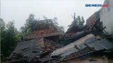 Ratusan Rumah Rusak Akibat Puting Beliung di Demak