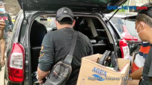 Usai Olah TKP, Polisi Bawa Dua Kardus dari Kafe Cengkareng Barat