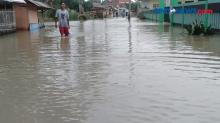 Tujuh Kecamatandi Kabupaten Bekasi Masih Terendam