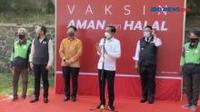 Presiden Jokowi Tinjau Vaksinasi Drive Thru di Bogor
