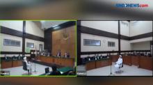Hakim Tolak Eksepsi Habib Rizieq Terkait Kasus Swab di RS UMMI Bogor
