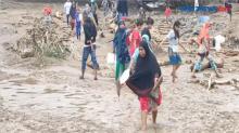 Warga Korban Banjir Adonara Sulit Dapatkan Minyak Tanah
