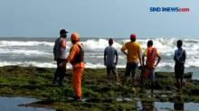 2 Bocah Terseret Ombak saat Asyik Berenang di Pangandaran