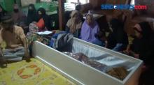 Jenazah Tukang Ojek Korban Penembakan di Papua Tiba di Rumah Duka