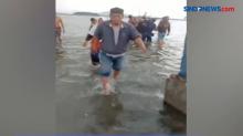 Dramatis! Aksi Penyelamatan Pria Tenggelam di Laut