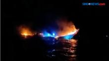 Kapal Pengangkut Beras Terbakar di Perairan Selat Buton