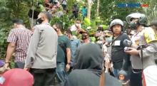 Warga Wadas, Purworejo, Jawa Tengah Protes Pemasangan Patok Penambangan Batuan Andesit