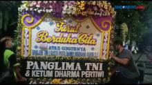 Panglima TNI Kirimkan Bunga Duka Cita ke Kediaman Kabinda Papua