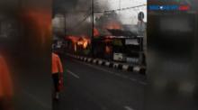 Diduga Tabung Gas Bocor, Rumah Makan Terbakar