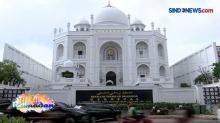 Masjid Ramlie Musofa Terinspirasi Taj Mahal di Jakarta