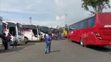 H-2 Larangan Mudik, Penumpang Terminal Tanjung Priok Terpantau Sepi