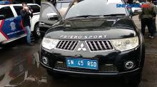 Mengaku dari Kekaisaran Sunda Nusantara, Pengemudi Mobil Berpelat Aneh Ditangkap Polisi
