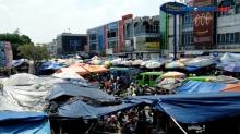 H-1 Lebaran, Pasar Anyar Bogor Terpantau Ramai