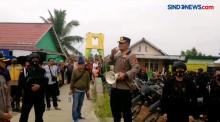 Bersenjata Lengkap Polisi Gerebek Kampung Narkoba, Sabu 347 Gram Berhasil Diamankan