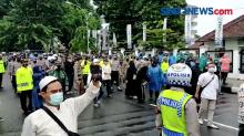 Tak Peduli Covid-19, Massa Pendukung HRS Kembali Demo