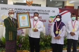Unnes Ciptakan Rekor Pembukaan Dies Natalis dan Pameran Seni Rupa