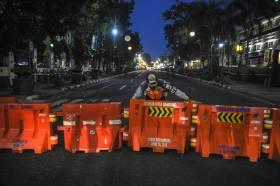 Tekan Penyebaran Covid-19, Ruas Jalan Protokol di Bandung Tutup 14 Hari