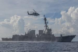 China Usir Kapal Perang AS Bersenjata Rudal dari Laut China Selatan