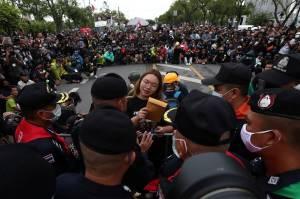 Ribuan Orang Penuhi Jalanan Bangkok, Tuntut Reformasi Monarki Thailand