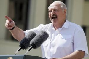 Lukashenko kepada Pompeo: Belarusia dan Rusia Akan Merespon Setiap Ancaman