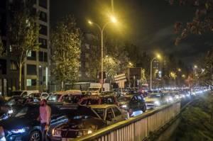 Lockdown, Warga Prancis Eksodus Tinggalkan Paris