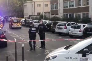 Seorang Pendeta Ortodoks Ditembak di Lyon