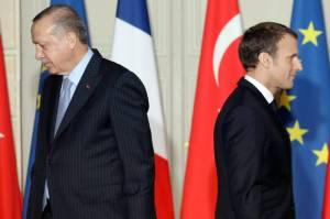 Sebut Macron Beban, Erdogan Berharap Prancis Segera Menyingkirkannya