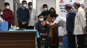 India Luncurkan Kampanye Vaksinasi COVID-19 Terbesar di Dunia