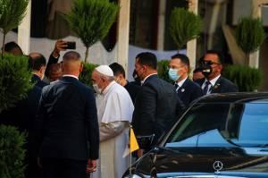 Paus Fransiskus Bertemu Ayatollah Ali Sistani dalam Tonggak Sejarah Lintas Agama