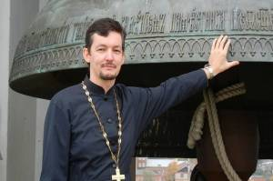 Pendeta Rusia Melarikan Diri ke Belanda karena Jadi Gay dan Ateis