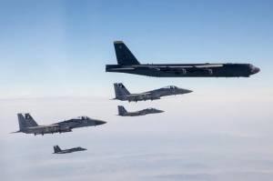 Gertak Iran, Bomber B-52 AS dan F-15 Israel Berkeliaran di Atas Teluk Persia